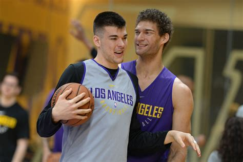 zubac ivica lakers angeles