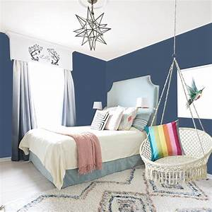 Girls, Bedroom, With, Dark, Blue, Walls