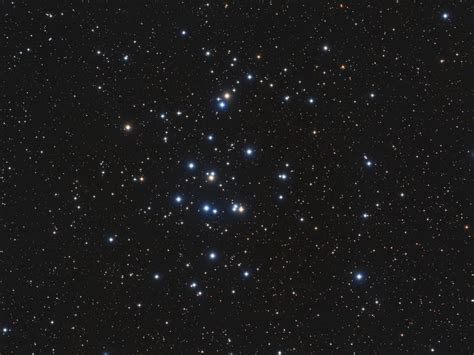 A Mere 600 Light Years Away M44 Is One Of The Closest