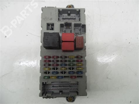 Citroen C3 Fuse Box Problem by Citroen Picasso Fuse Box Wiring Library
