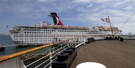 Carnival Cruise Ship Liine Editorial Photo - Image 31619596
