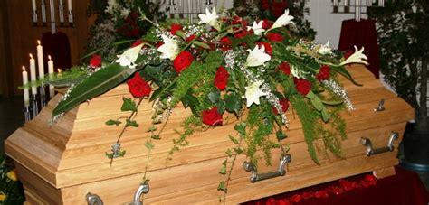 was kostet eine beerdigung auf der grünen wiese beerdigung was ist zu beachten