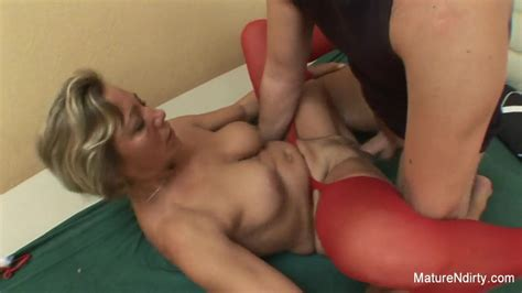 Young Man Wakes Grandma Up To Fuck Her Hard Free Porn B6