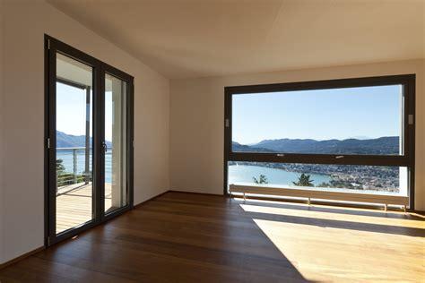 finestre persiane interessante porta finestra moderna lk01 pineglen