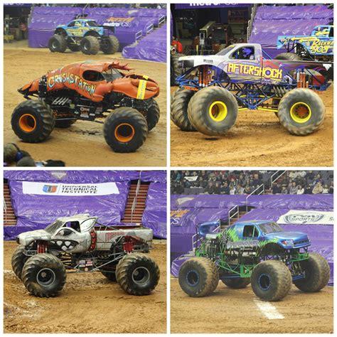 monster truck show in philadelphia monster jam the roarbotsthe roarbots