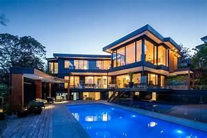 Luxury Home HD Photo