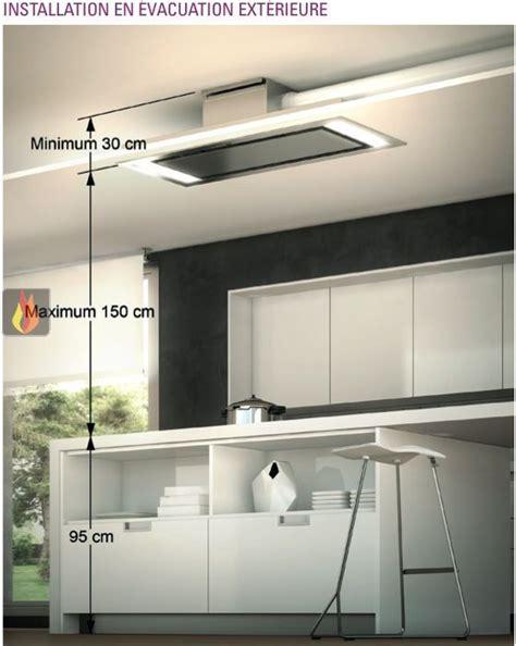 cuisine en ilot central hotte de plafond avec éclairage par leds de 140cm de