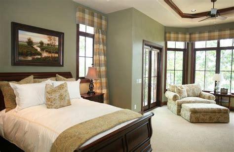 Bedroom Decorating Ideas Light Green Walls by How To Decorate A Bedroom With Green Walls