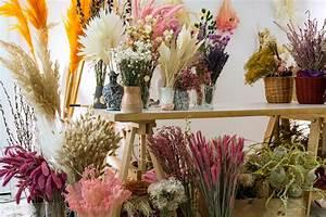 Composition Fleurs Séchées : fleurs s ch es la d co tendance du printemps 2018 maison cr ative ~ Teatrodelosmanantiales.com Idées de Décoration
