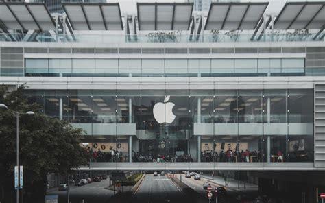 apple    record services revenue   billion slashgear