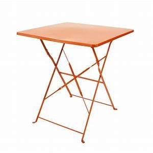Table En Metal : table pliante de jardin en m tal orange l 70 cm guinguette maisons du monde ~ Teatrodelosmanantiales.com Idées de Décoration