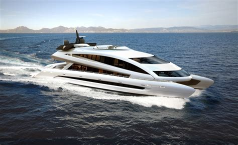 Yacht Luxury by Luxury Yachts Azee