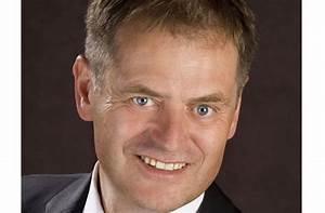 Ob Wahl Böblingen : ob wahl in schw bisch gm nd richard arnold wiedergew hlt baden w rttemberg stuttgarter zeitung ~ Buech-reservation.com Haus und Dekorationen