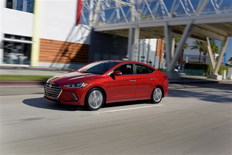 Hyundai Elantra Hp by 200 Hp Hyundai Elantra Sport Arriving Later This Year