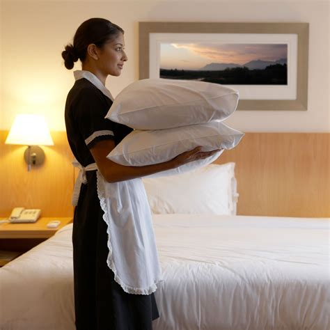 cleaning secrets  steal  hotel maids good