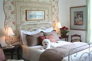 8 Styles of White Bedrooms HGTV