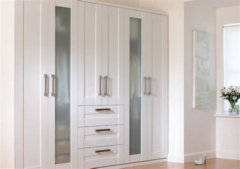 armoire murale chambre idées de rangement pour la chambre à coucher décor de