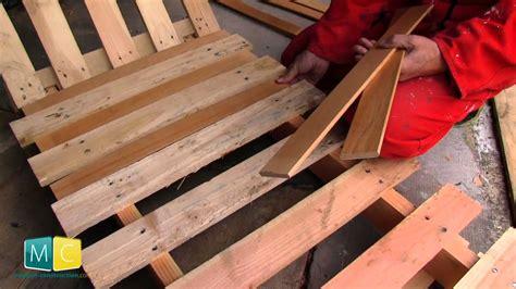 chaise longue en palette bois palette chaise terrasse en bois