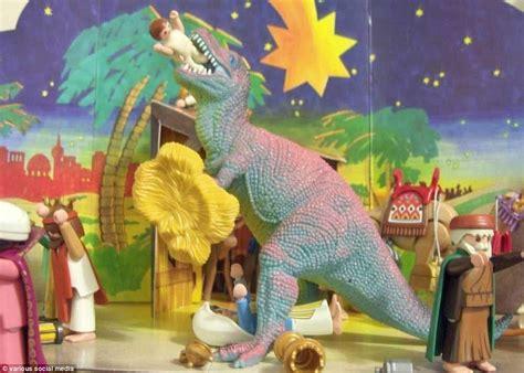 worlds  bizarre christmas nativity scenes daily