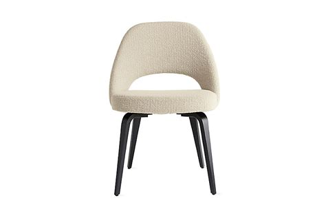 saarinen executive side chair with wood legs design