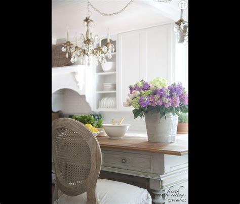 deco cuisine shabby décoration shabby une cuisine fleurie et lumineuse