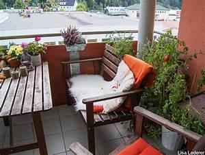Bank Für Balkon : die besten tipps f r deinen mini balkon deko pflanzen und mehr ~ Eleganceandgraceweddings.com Haus und Dekorationen