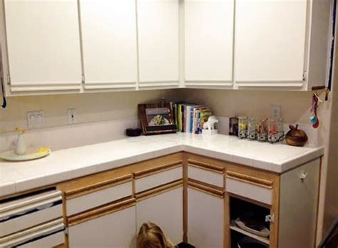 updating laminate kitchen cabinets 25 best ideas about laminate cabinet makeover on 6682