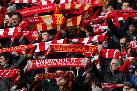 Some Liverpool fans want Tottenham's Paulo Gazzaniga ...