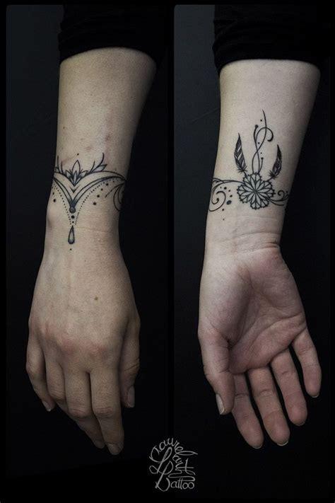 les  meilleures idees de la categorie tatouage arabesque
