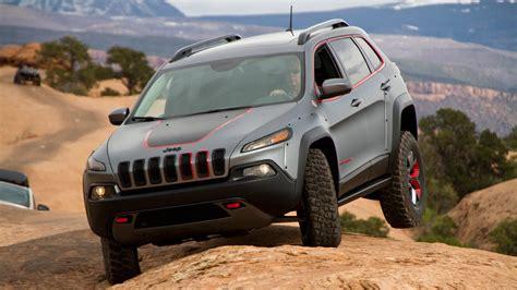 jeep grand cherokee trailhawk lifted lifted jeep cherokee dakar automotive design