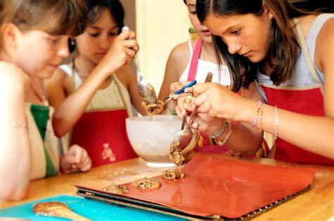 cuisiner des patates atelier clafoutis cours de cuisine enfants