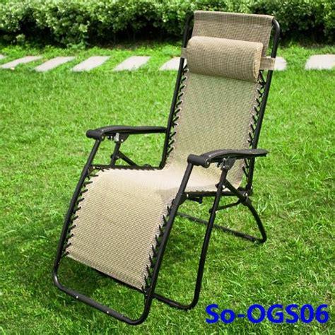 chaises longues de jardin chaise longue de jardin transat métal et toile fauteuil