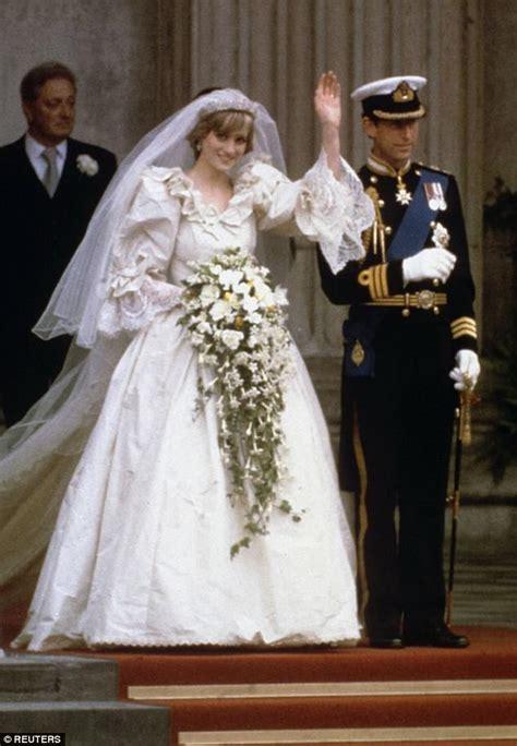 princess diana met charles  times   married