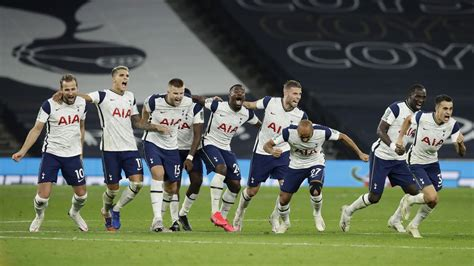 Mason Mount misses crucial spot-kick as Spurs beat Chelsea ...