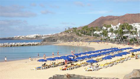 kitchen islands with chairs amapola villa playa blanca lanzarote information