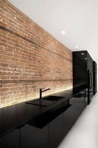 Brique De Parement Blanche : design interieur cuisine noire laqu e minimaliste briques ~ Dailycaller-alerts.com Idées de Décoration