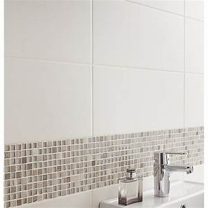 carrelage adhesif mural faire des travaux facilement et With carrelage adhesif salle de bain avec meuble cuisine led