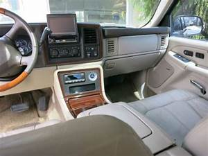 Sell Used 2002 Cadillac Escalade Ext Many Extras Grille