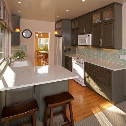 what color appliances with white cabinets kitchen ideas decorating with white appliances painted 912 | e9a8fc6cc1a611375032794f921b018f