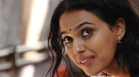amol teaches swara cricket   sets  aapkey kamrey