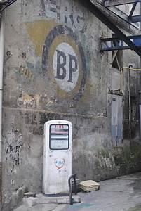 Vieille Pompe A Essence : vieille pompe essence garage photo gratuite sur pixabay ~ Medecine-chirurgie-esthetiques.com Avis de Voitures