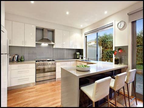 Kitchen. L Shaped Kitchen Designs with Breakfast Bar: L