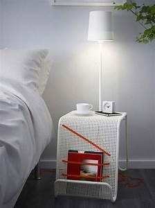 Table De Chevet Blanche Ikea : 44 id es d co de table de nuit ~ Nature-et-papiers.com Idées de Décoration