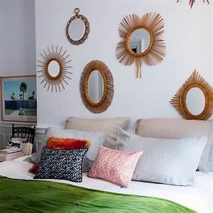 Grand Miroir Chambre : 7 fa ons d agrandir l espace avec un miroir marie claire ~ Teatrodelosmanantiales.com Idées de Décoration