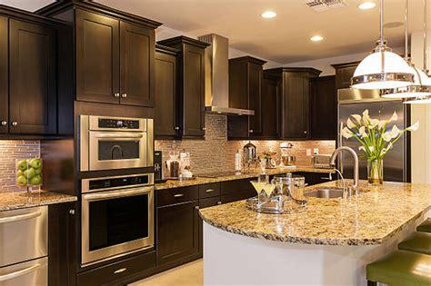 types  kitchen cabinets  orlando supreme