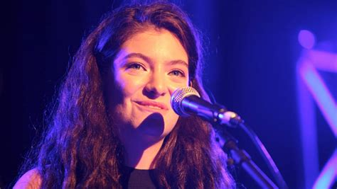 This line i remember writing down when i was standing on my porch watching my friends fiddle with the. Lorde reportedly shows off new album to industry insiders ...
