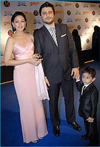 Bollywood Star Kids: Goldie Behl and Sonali Bendre With ...