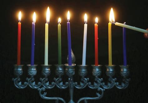 candle lighting jerusalem bahrain s king holds hanukka candle lighting since