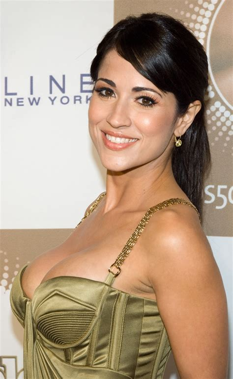 jackie guerrido hairstyle makeup dresses shoes