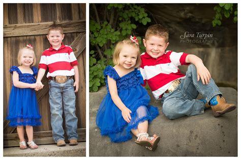 family of the hunsaker family pocatello idaho family photography sara turpin photography
